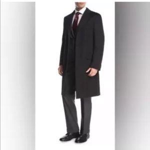 Nieman Marcus men's cashmere Coat full length pea